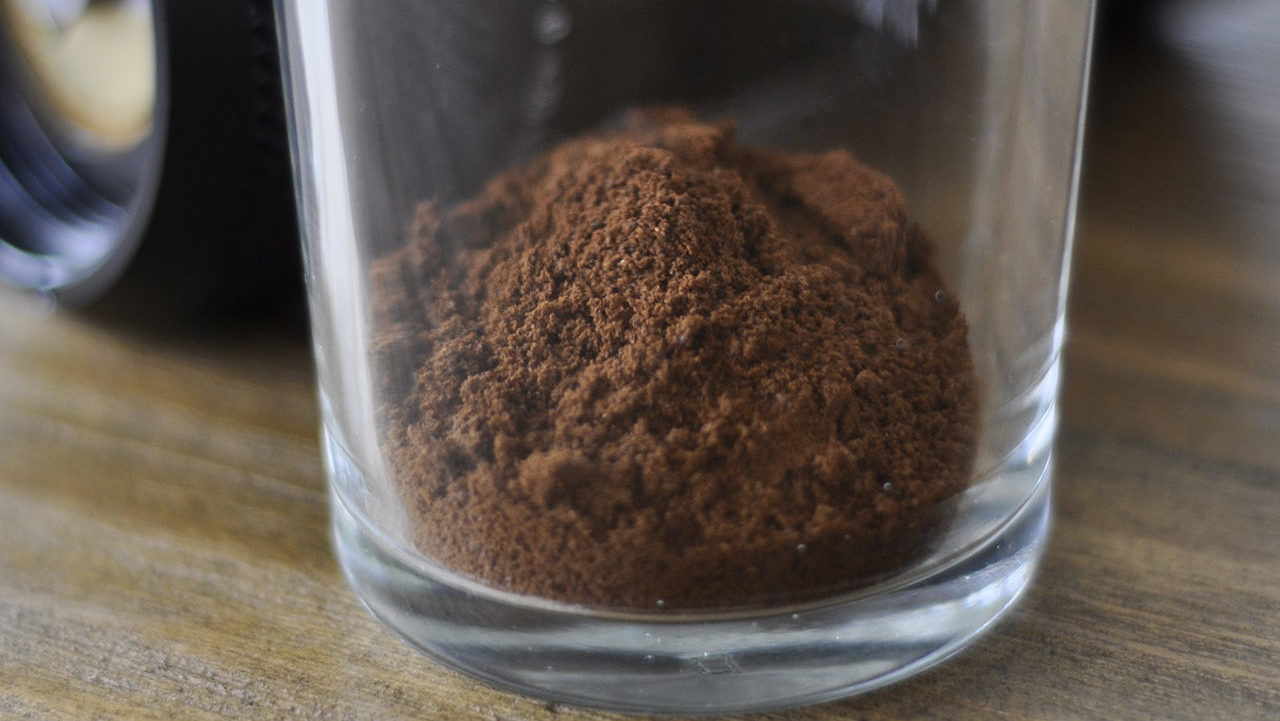 The precision handmill can produce very consistent coffee powder